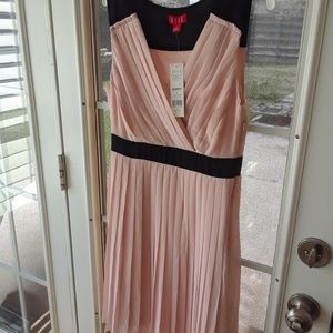 ELLE NEW sexy spring Summmer Chiffony Dress sz 4